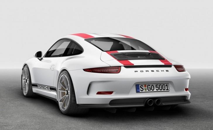 2017-Porsche-911-R-109-876x535