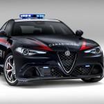 アルファロメオ「新型Giulia Quadrifoglio Carabinieri」ポリスカー;公式デザイン画像集