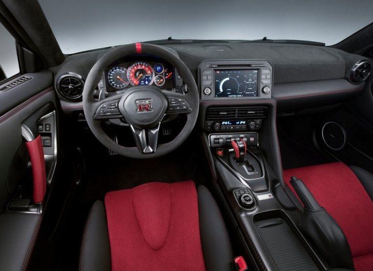 Nissan GT-R Nismo (2017)6