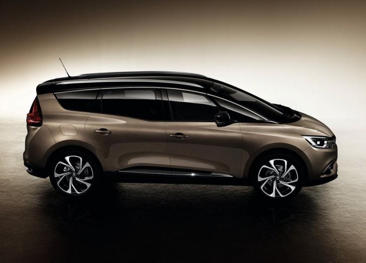 Renault Grand Scenic (2017) 2
