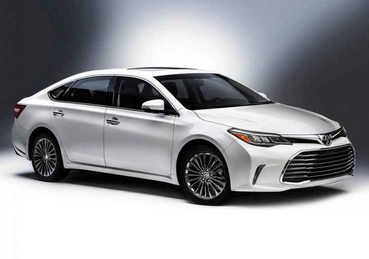 Toyota Avalon (2016)6