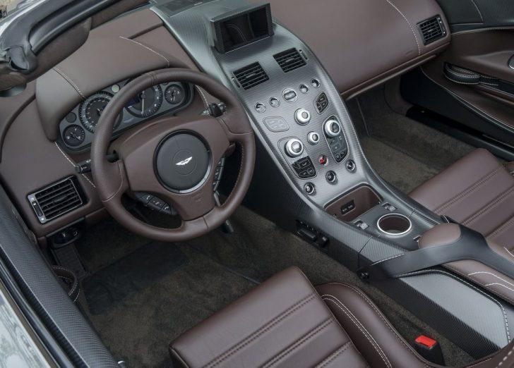 Aston Martin Vantage GT12 Roadster (2016)7
