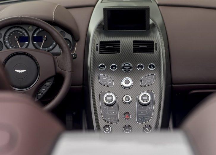 Aston Martin Vantage GT12 Roadster (2016)8
