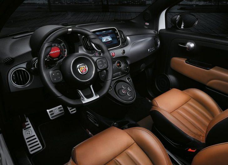 Fiat 595 Abarth (2017)8