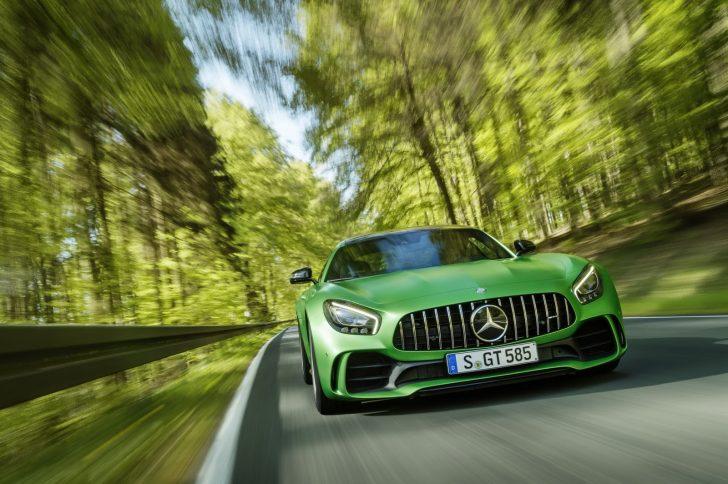 Mercedes-AMG-GT-R-10