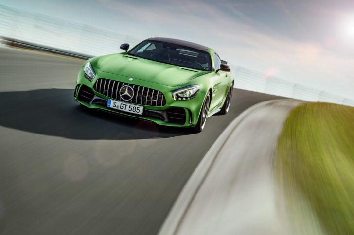 Mercedes-AMG-GT-R-3