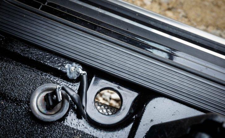 Mercedes-Benz-G350d-G-Professional-Euro-spec-115-876x535