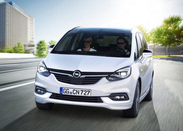 Opel Zafira (2017)2