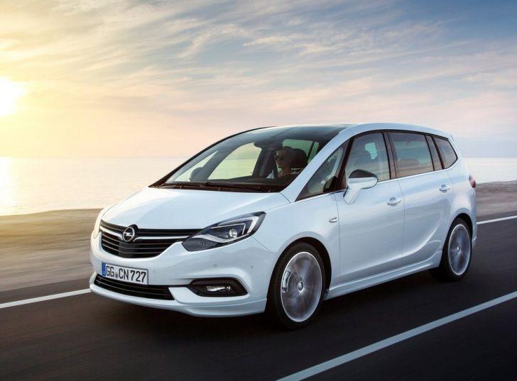 Opel Zafira (2017)3