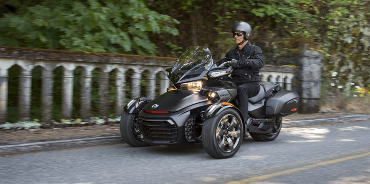 2016 Can-Am Spyder F3-S 01