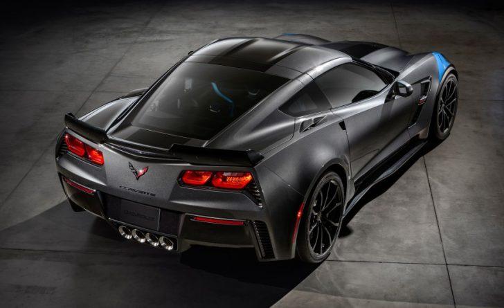 2017-Chevrolet-Corvette-Grand-Sport-202-876x535