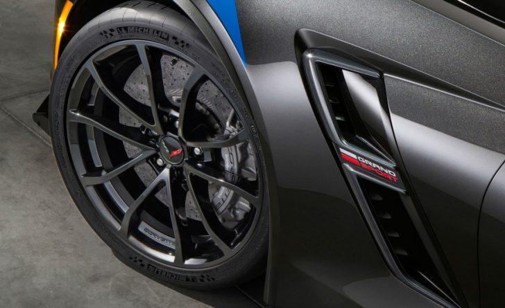 2017-Chevrolet-Corvette-Grand-Sport-204-876x535