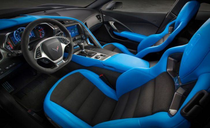 2017-Chevrolet-Corvette-Grand-Sport-206-876x535