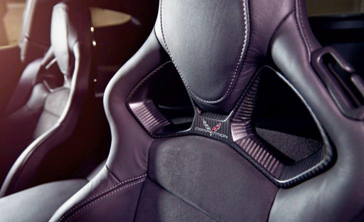 2017-Chevrolet-Corvette-Grand-Sport-310-876x535