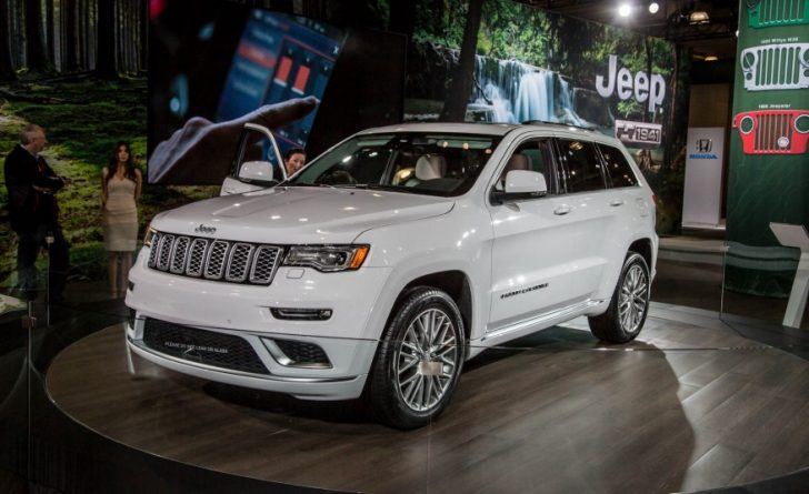 2017-Jeep-Grand-Cherokee-Summit-1-102-876x535