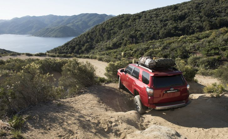 2017-toyota-4runner-trd-off-road-premium-2
