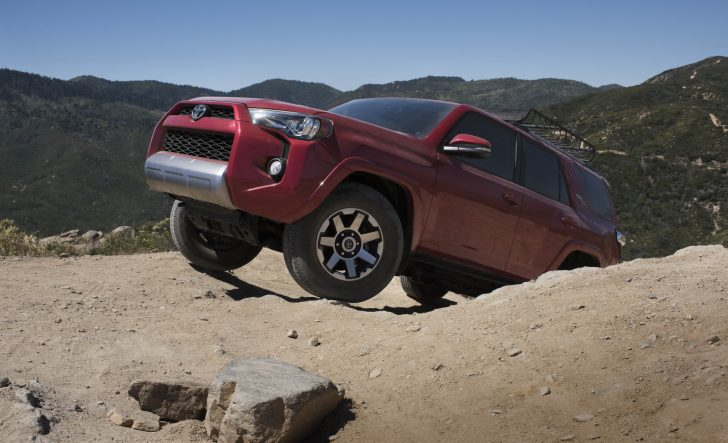 2017-toyota-4runner-trd-off-road-premium-3