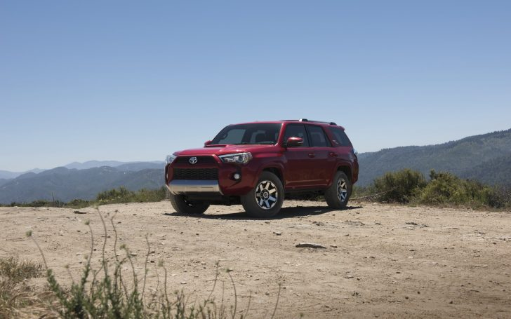 2017-toyota-4runner-trd-off-road-premium-5