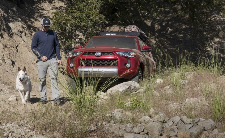 2017-toyota-4runner-trd-off-road-premium-9