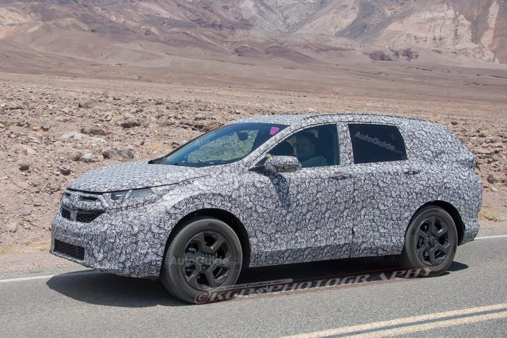2018-honda-cr-v-spy-photos-02