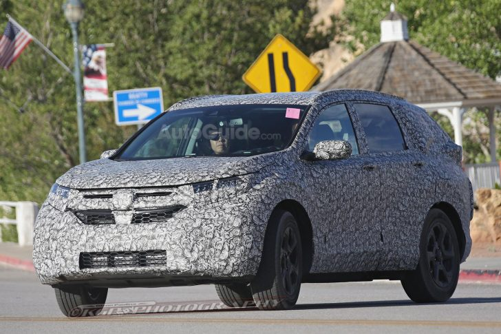 2018-honda-cr-v-spy-photos-05