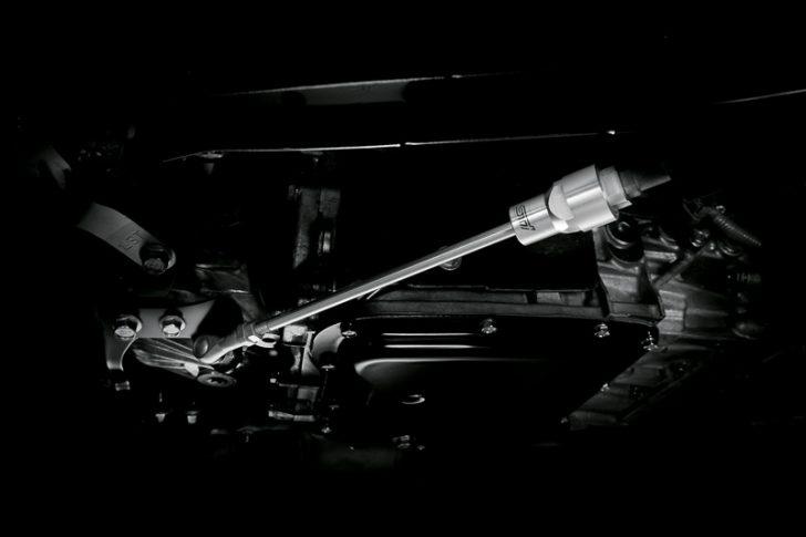 スバル XV ハイブリッド tS 06
