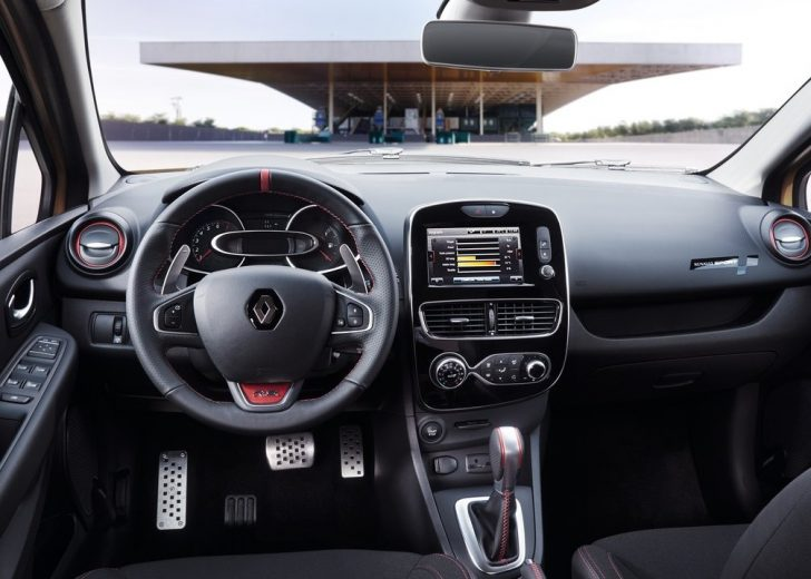 Renault Clio RS (2017)6