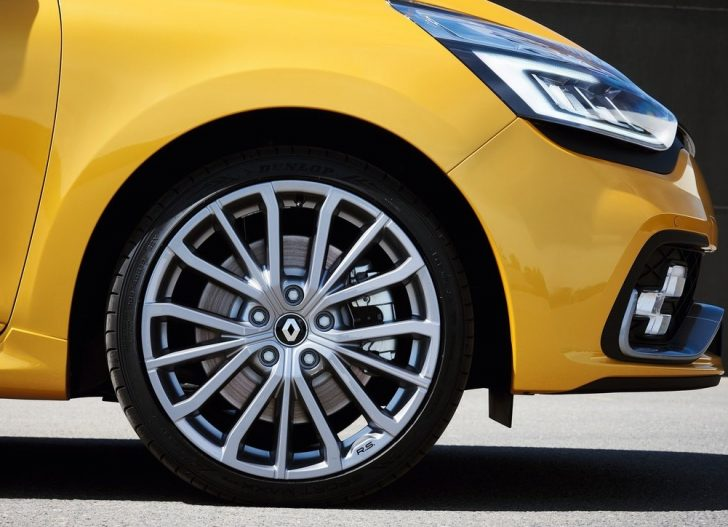 Renault Clio RS (2017)7