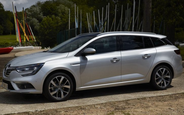 Renault Megane Estate (2017)2