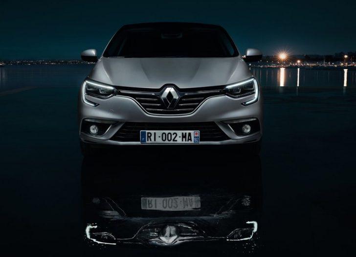 Renault Megane Sedan (2017)7