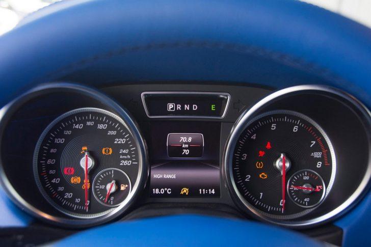 brabus-500-4x4-blue-interior-15