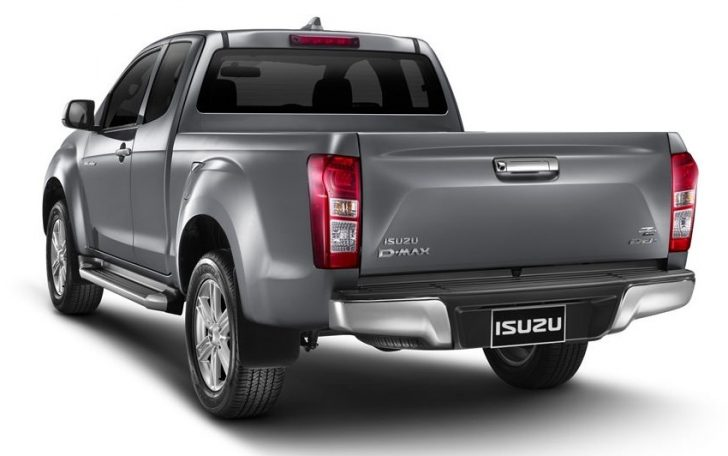 2016-Isuzu-D-Max-facelift-rear-three-quarter-launched-in-Thailand