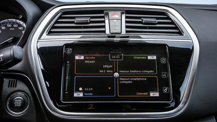 2017-Maruti-Suzuki-S-Cross-facelift-center-console-unveiled