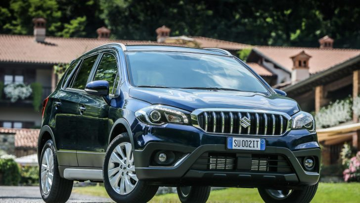 2017-Maruti-Suzuki-S-Cross-facelift-front-quarter-right-unveiled