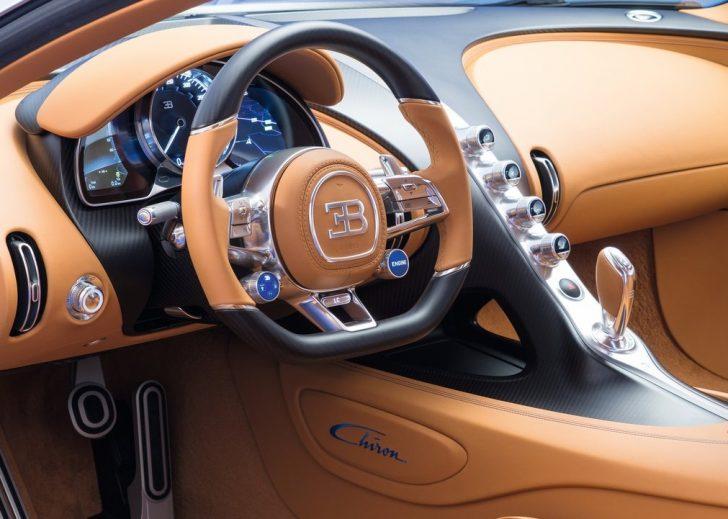 Bugatti Chiron (2017)7
