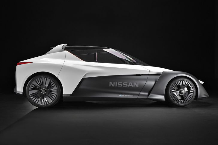 nissan-bladeglider-brings-cutting-edge-intelligent-mobility-to-l-4-970x647-c