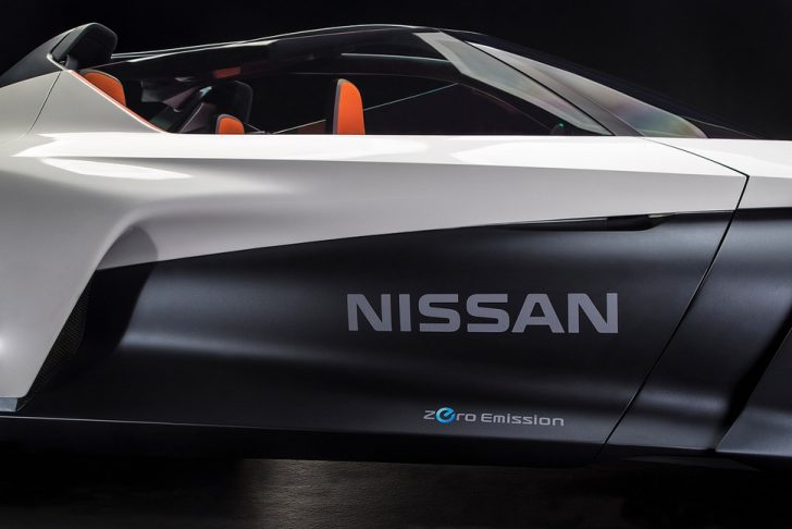 nissan-bladeglider-brings-cutting-edge-intelligent-mobility-to-l-8-970x647-c