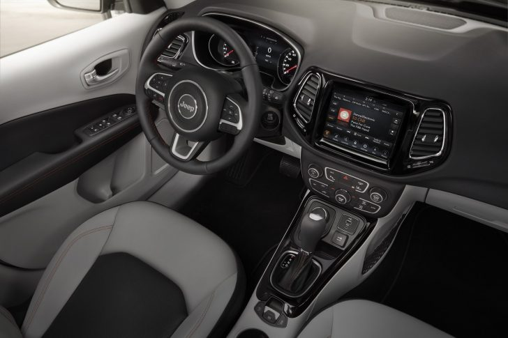 2017-jeep-compass-2