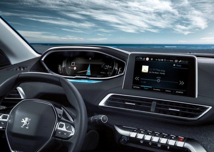Peugeot 5008 (2017)1234567