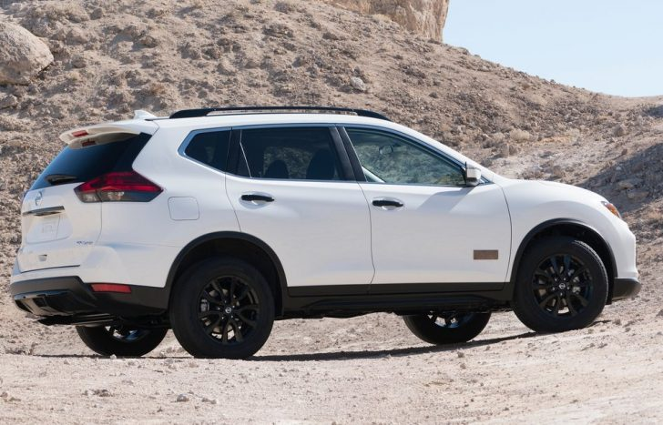 nissan-rogue-one-star-wars-edition-2017-picture-8-of-47-1024x768