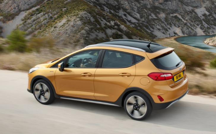 ford-fiesta-active-2017-picture-5-of-11-1024x768