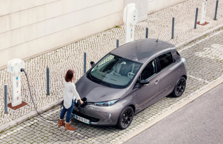 renault-zoe-2017-picture-56-of-174-1024x768