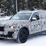 BMW「新型X7」スパイショット;フルサイズSUV