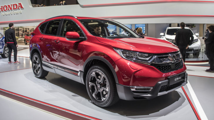 ホンダ「新型 Cr V 7 Seater 2019」実車を初公開;日本投入も間近! Newcar Design