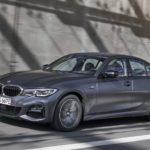 BMW「新型 330e 2021」発表:ど真ん中のPHEVセダン!