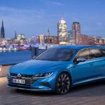 VW「新型 アルテオン」初のPHVモデルを世界初公開!