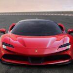 Ferrari「新型 SF90 Stradale」がサーキット走行!スパイダーと勝負!